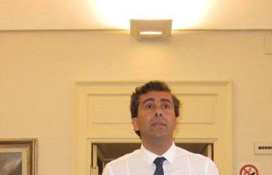 """Monopoli: Emilio Romani """"non ha detto se ne vada altrove"""" …. Verità ed effetto Rashomon"""