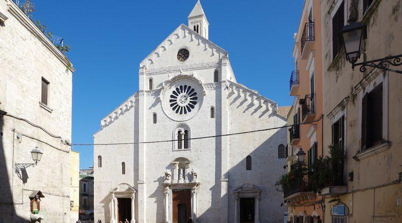 """Bari: """"Appunti dalla Cattedrale"""""""