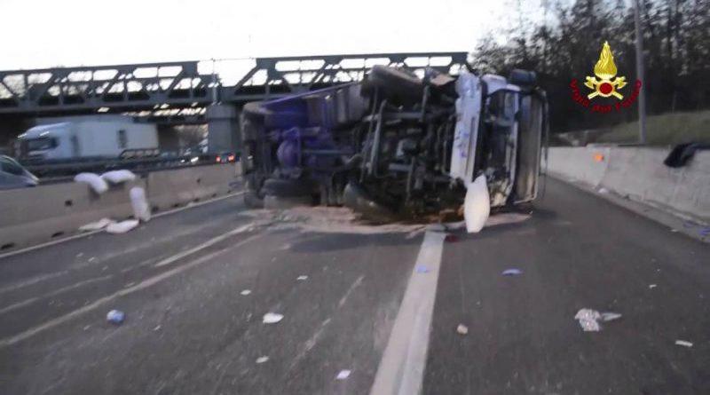 MONOPOLI Autotrasportatore di 55 anni perde la vita in un incidente nel bolognese