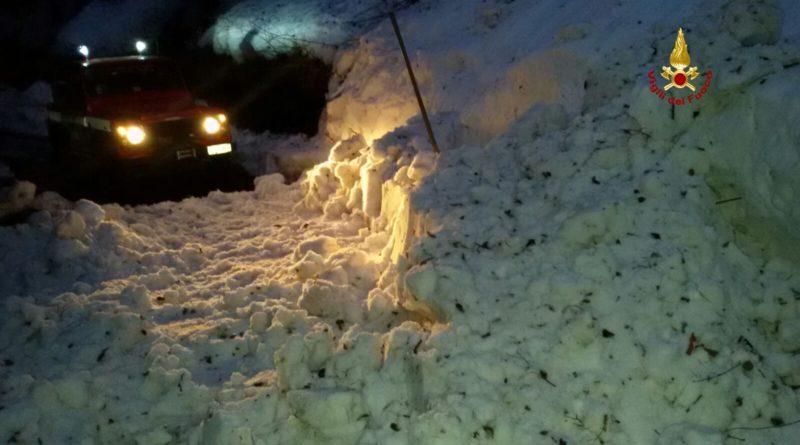 MALTEMPO 22 strade provinciali del barese bloccate dalla neve