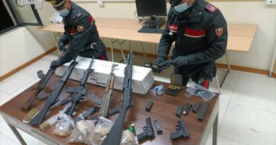 Bari. Sequestrato un arsenale dai Carabinieri