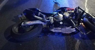 SS16, narcotrafficante si schianta con la moto, in fin di vita